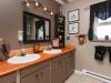 09-bathroom