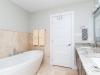 17-bathroom.jpg