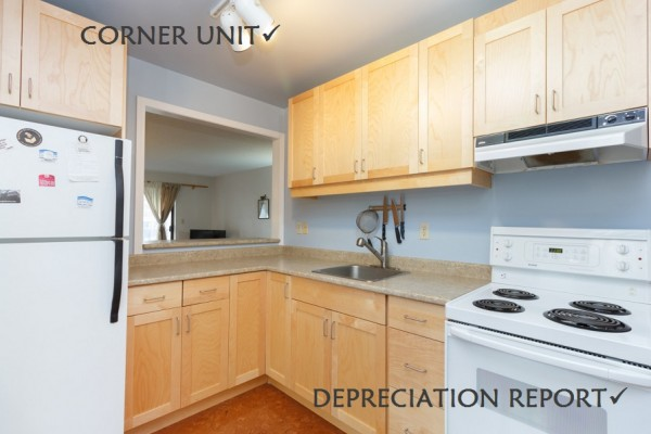 $219,900 – 306 3277 Glasgow Ave, Saanich East, Great Location