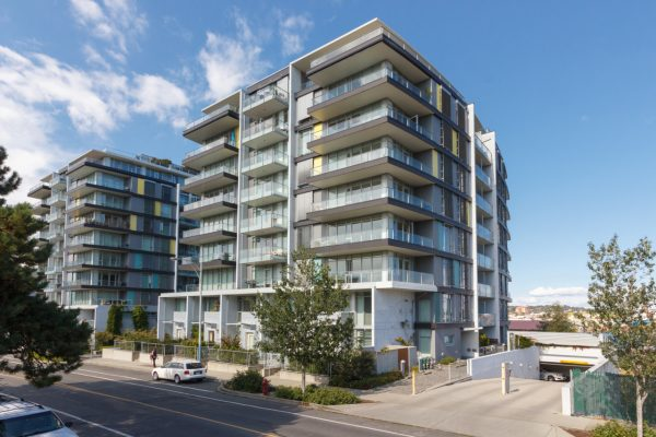 $208,000 – A202 373 Tyee Rd, Victoria West, Dockside