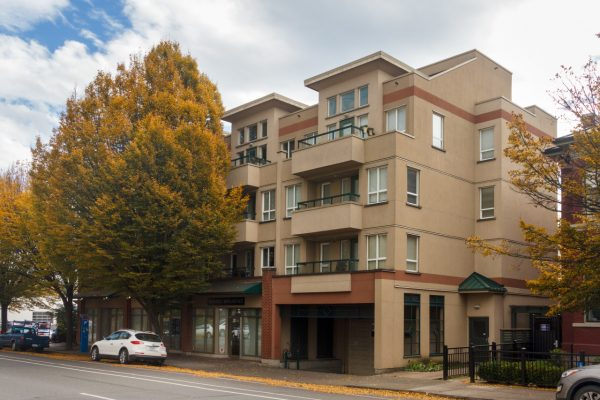$249,900 – 205 1015 Johnson St, Downtown, Great Location