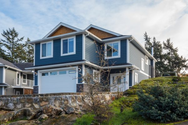 $674,900 – 724 Maltby Crt, Langford, Newer Build