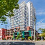 $449,900 – 706 834 Johnson St, Downtown, Spacious Unit